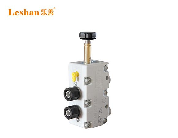 气动电磁阀 二位五通电磁阀 气动直通控制阀
